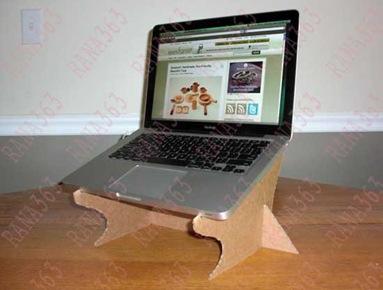 طريقة نع طاولة لاب توب في البيت 2021 , طاولة اللاب توب بالكرتون المقوى 2021 laptopstand-550x412_